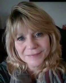 Employee Cyndi Lendrum